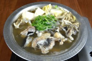 ニュウドウカジカのしょうゆ仕立て鍋